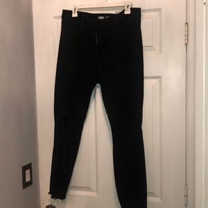 Old Navy Size 16 ripped Skinny Jeans!